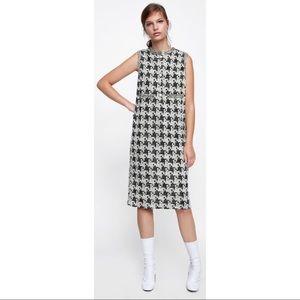 Zara Black & White Houndstooth Chain Pearl Dress